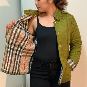 🔥 AMAZING DEAL 🔥Burberry Diamond Quilted Jacket
